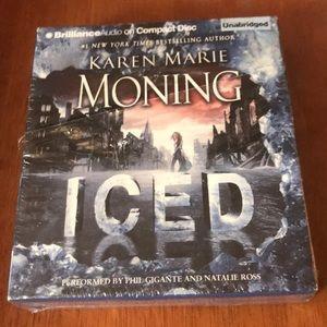 Audiobook Karen Moning